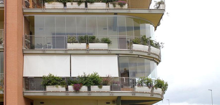 Chiusure in vetro per balconi - TSH Service