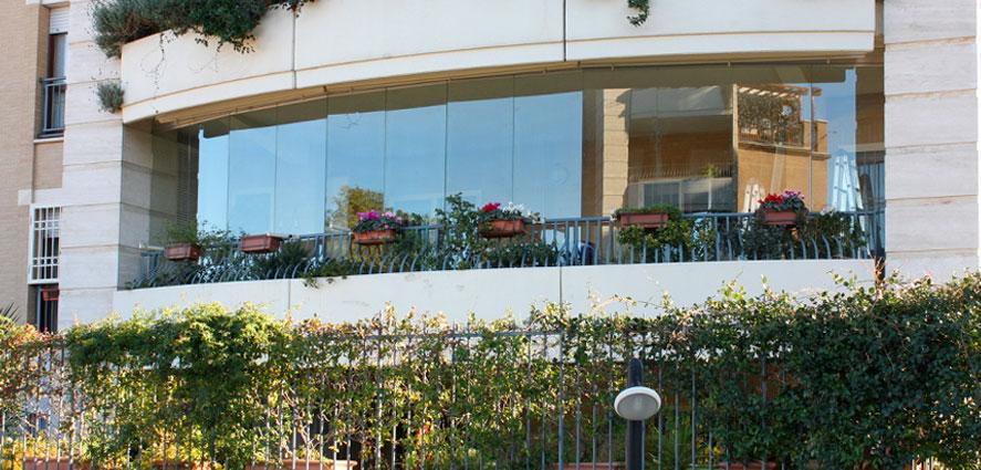 Pareti vetrate per balconi tsh service - Vetrate per terrazzi ...