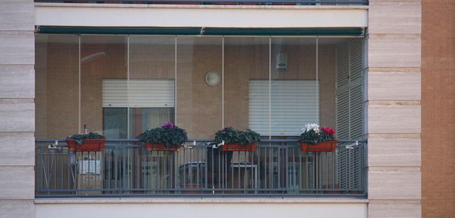 Fermetures de verre pour balcons